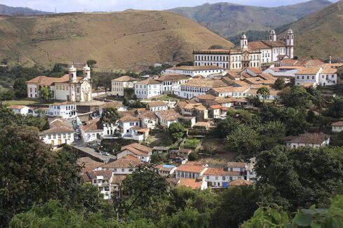 The mountainside town of Ouro Preto.