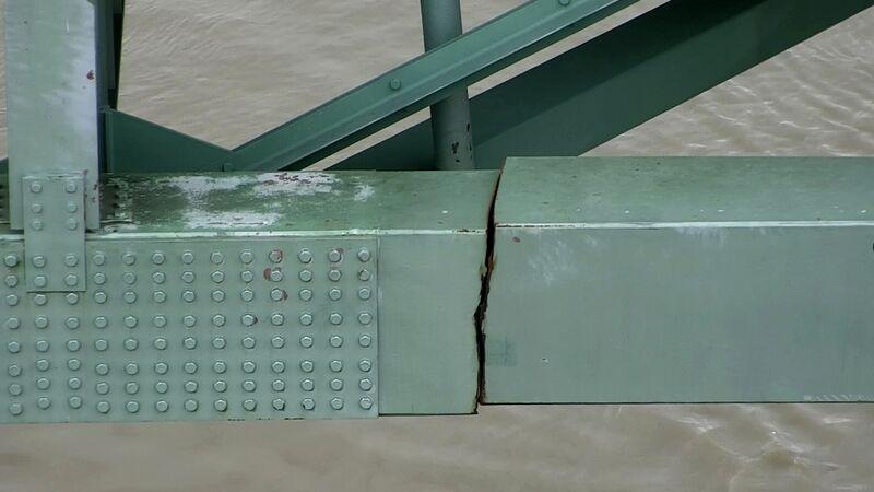 bridge crack MississippiTennessee