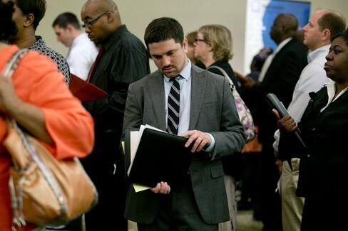 Fed Hurdle of 4 Straight 200,000 Payrolls Defines Bernanke View