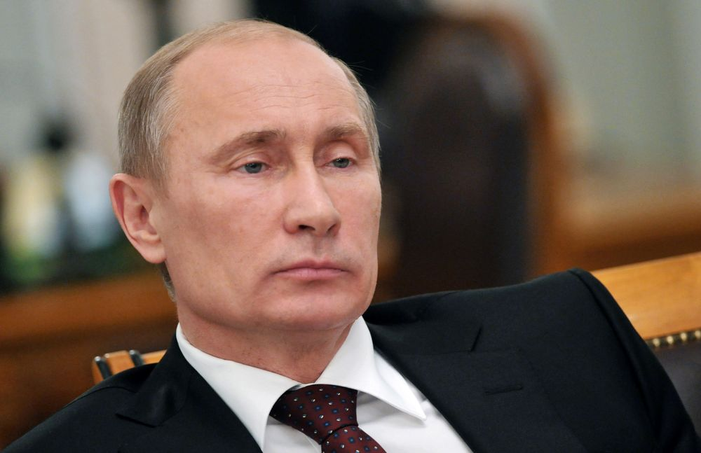 Vladimir Putin Is Running Out Of Options To Stay In Power Bloomberg