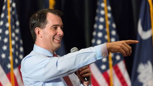 Wisconsin Governor and potential Republican presidential candidate Scott Walker speaks to supporters during GOP lunch event on March 20, 2015 in Charleston, South Carolina.