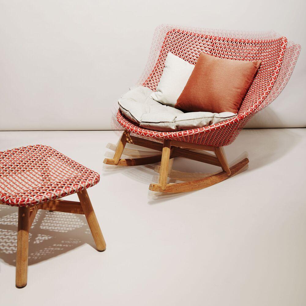 Fantastic Dedon Mbrace Chair Summer Furniture That Rocks Bloomberg Unemploymentrelief Wooden Chair Designs For Living Room Unemploymentrelieforg