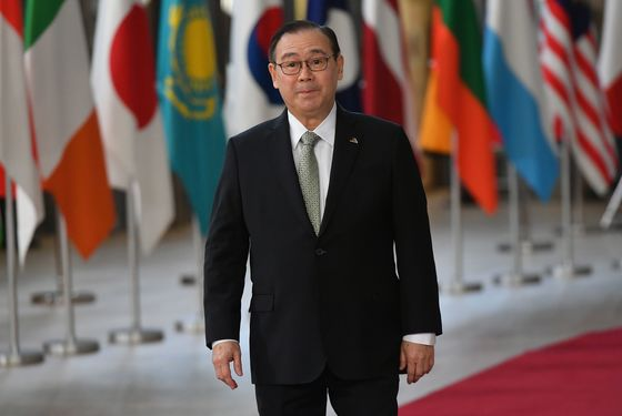 Philippines to Probe Foreign Secretary's Claim Data Was Stolen