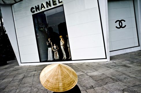 Saigon Beating Hanoi Four Decades After Vietnam War