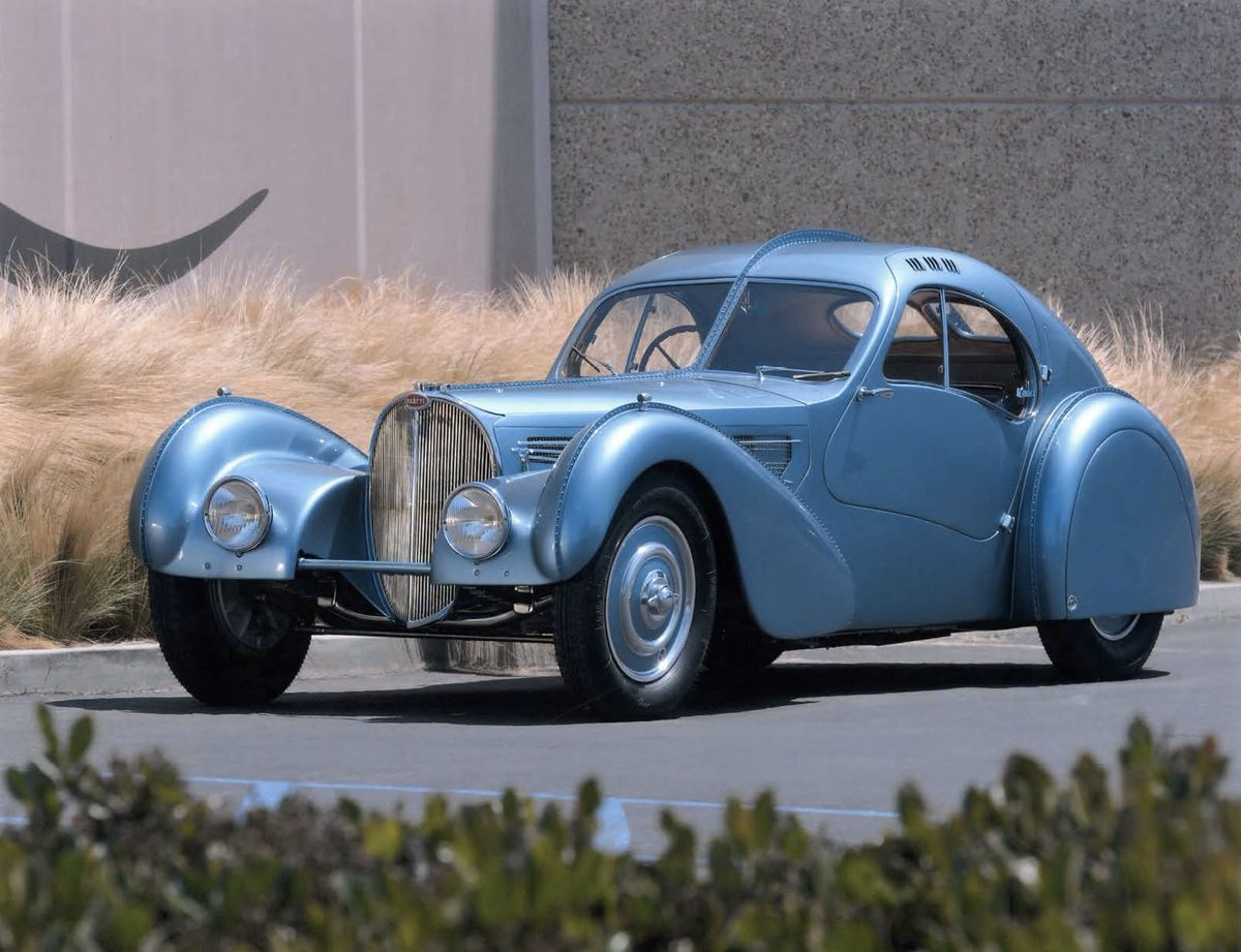 A $30 Million Bugatti Is Named \u0027Best of the Best\u0027 Vintage