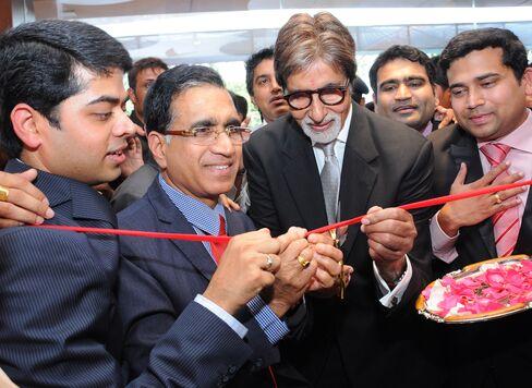 Kalyan Jewellers ambassador Amitabh Bachchan