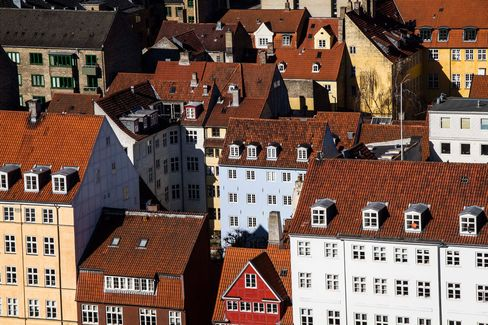 Danish Housing As Biggest Banks Face Law Restricting Mortgage Brokering