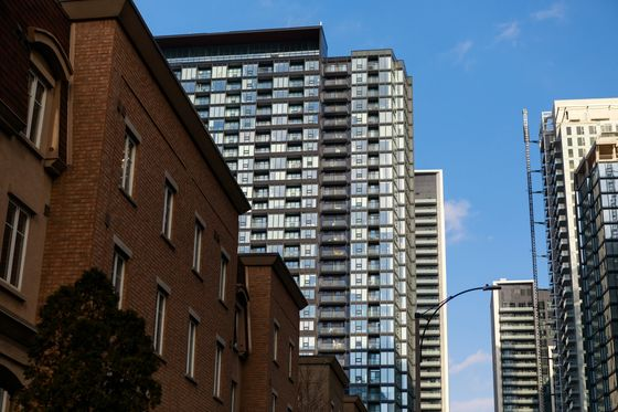 Speculators Distorting Canada Housing Boom, Economists Warn