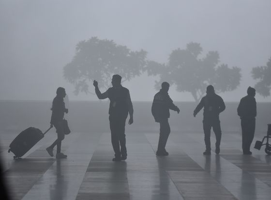New Delhi Poised for Coldest December Day in More Than a Century