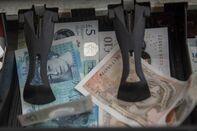 British Pound's Winning Streak Gains Fuel on Election Poll