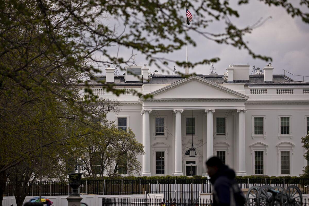 Europe's Bond Investors Win No Matter Who Takes the White House