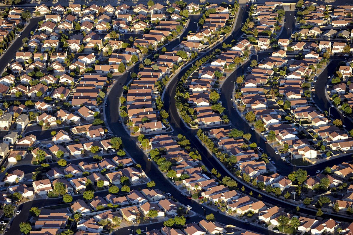 Recently Hot U.S. Housing Markets Now See Biggest Sales Declines