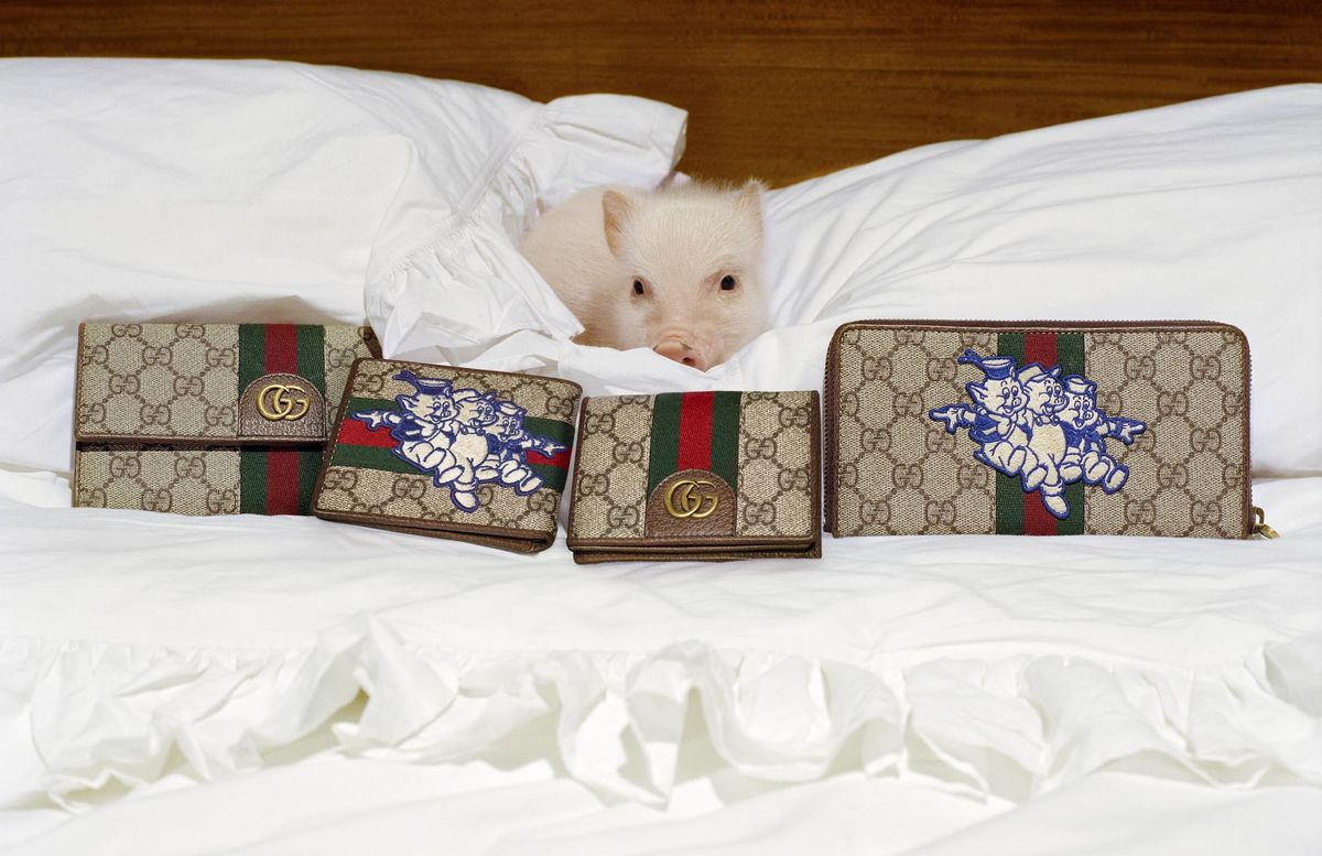 0b4effb181e Chinese New Year Gives the Pig a Luxury Makeover - Bloomberg