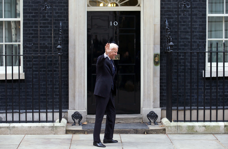 Boris Johnson Has a Serious Joe Biden Problem on Brexit - Bloomberg