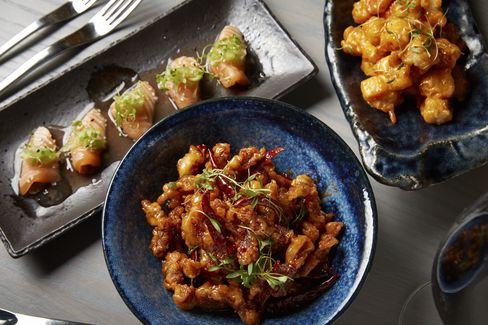 The food is clubby American-Chinese in a style reminiscent of Buddakan.