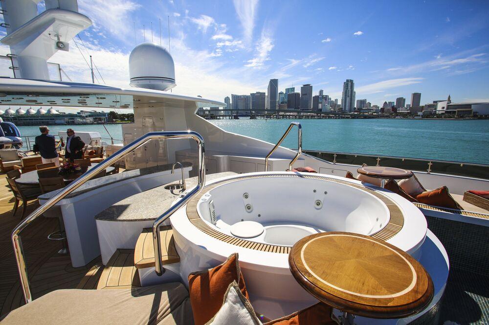 Inside Skyfall Silver Fast And Natita At Superyacht Miami 2016