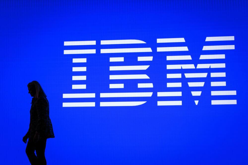 IBM、ここ数年間で最大10万人解雇-年齢差別訴訟で元副社長が証言 ...