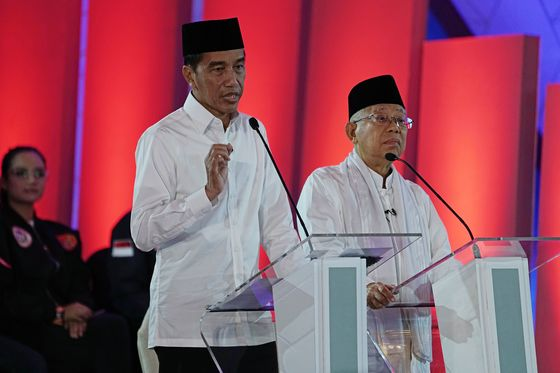 Jokowi Challenger Moots Food Import Suspension in Poll Debate