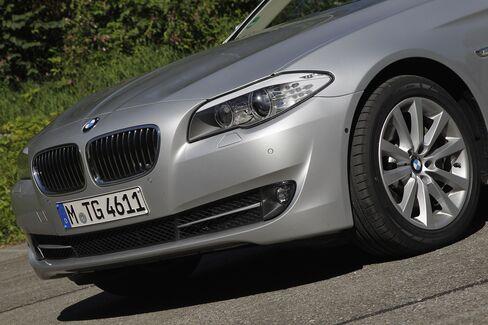 BMW, Hyundai Cars Get Top Score on U.S. Crash Tests