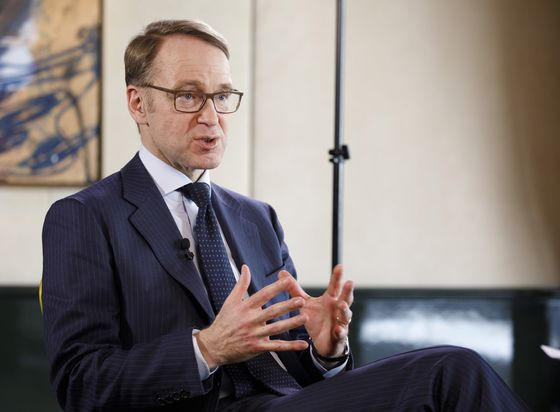 Going Digital Will Boost Business and Assist ECB, Weidmann Says