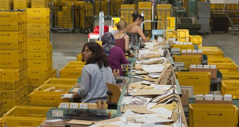 Germany Selling 5% Holding in Deutsche Post for $1.17 Billion