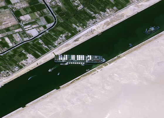 Suez Canal, Ever Given Ship Owners Reach Compensation Deal
