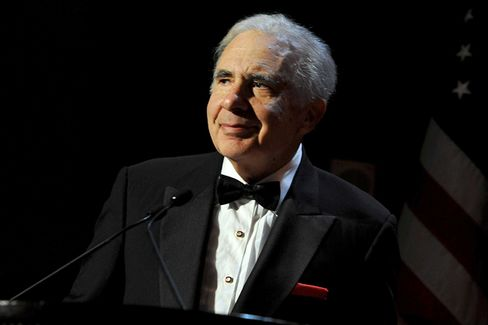 Carl Icahn Signs On to Netflix