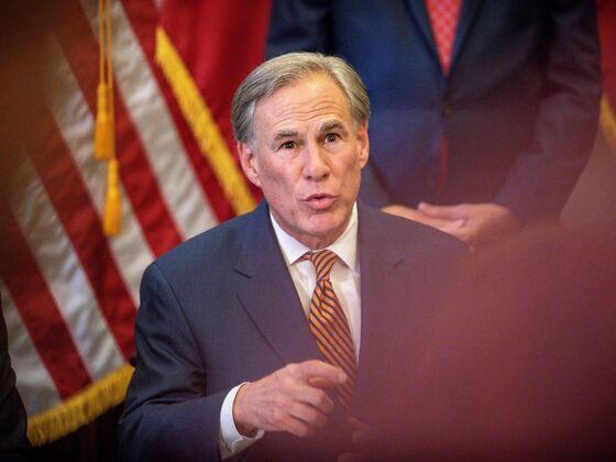 White House Slams Texas Governor's Ban on Covid Vaccine Mandates