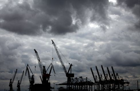 German Exports Dropped More Than Forecast in November on Crisis