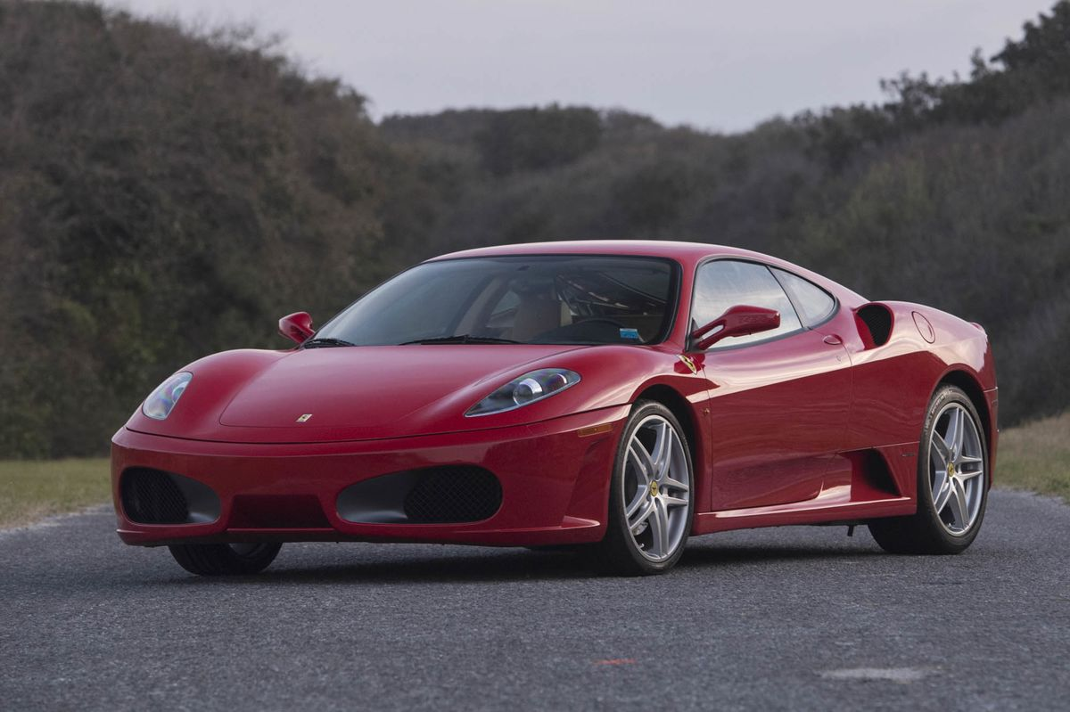 Trump S Old Ferrari F430 Auctioned Off For 270 000 Zero