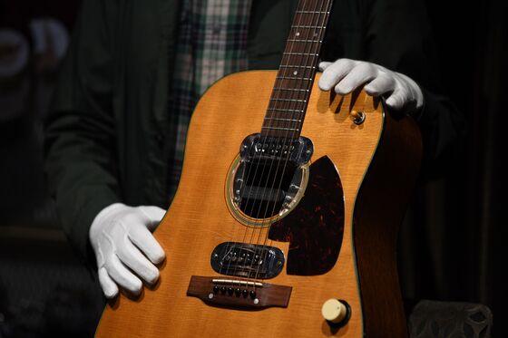 Kurt Cobain's MTV 'Unplugged' Guitar Rakes in $6 Million