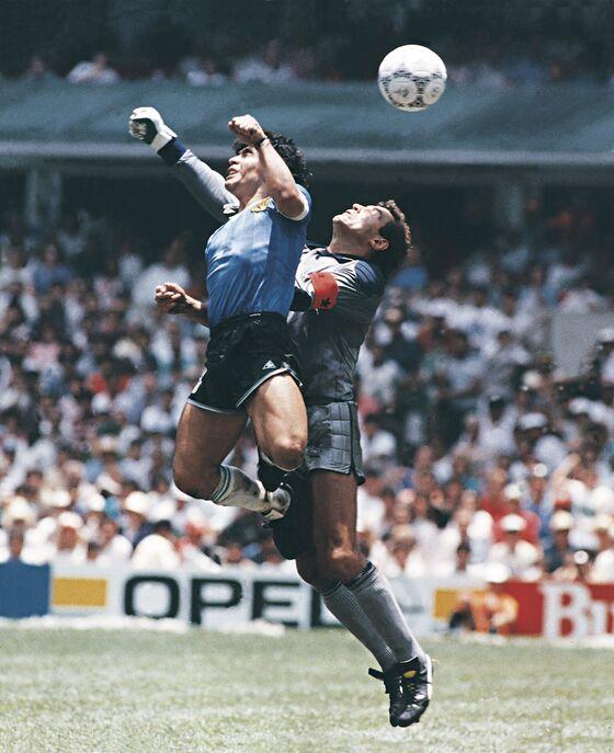 Diego Maradona, Soccer Icon Who Led Argentina to Glory, Dies at 60