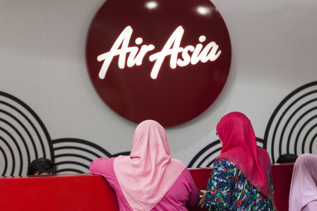AirAsia Targets Launch of Flying-Taxi Business in 2022, CEO Says thumbnail