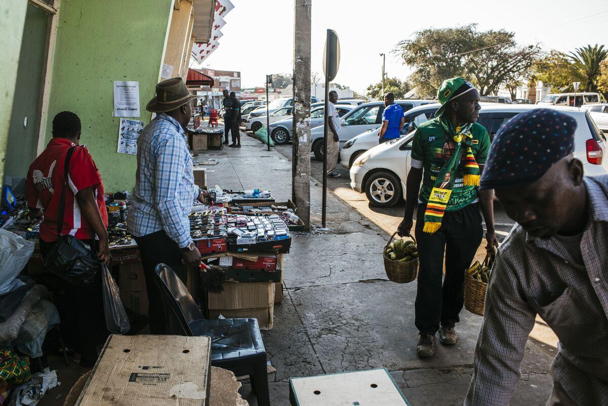 Zimbabwe Plans Monetary Policy Committee, Benchmark Rate