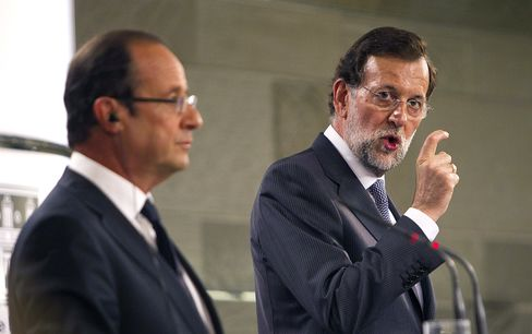 Rajoy Delays Spain Bailout as Regions Line Up for Aid