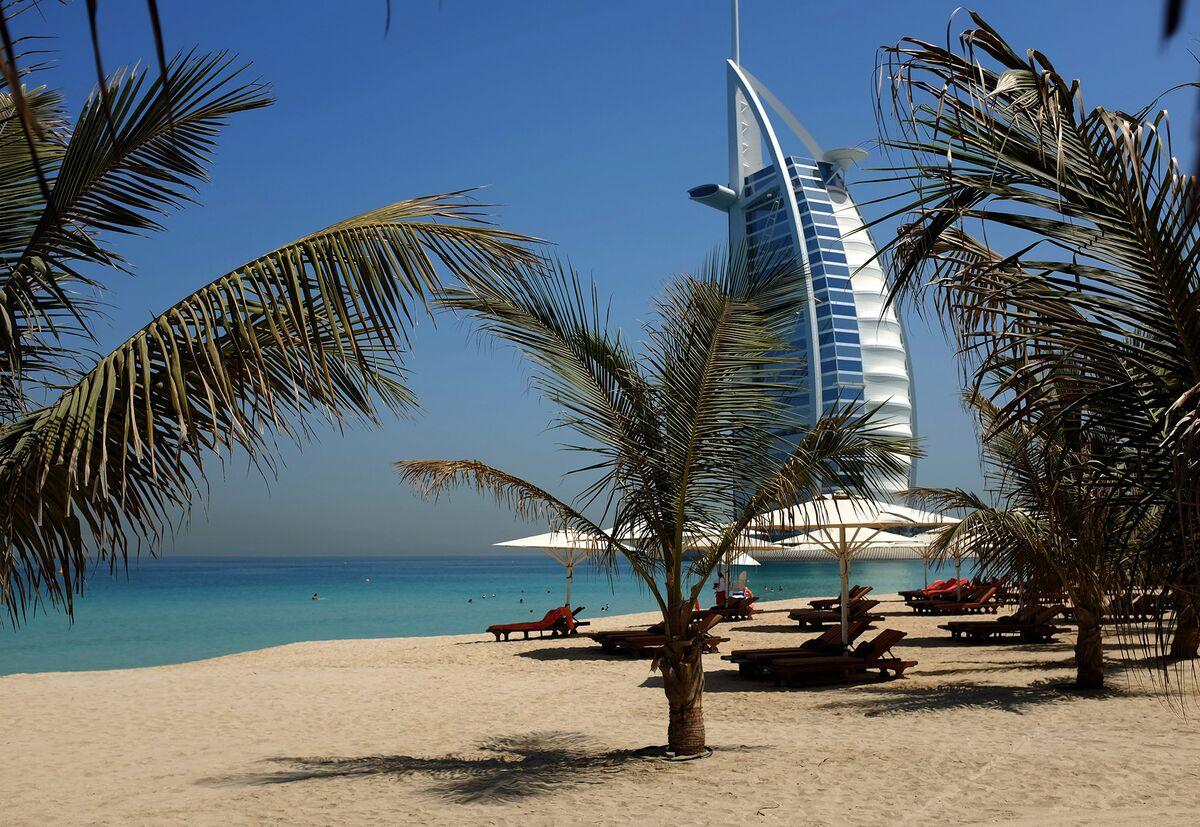 Dubai's Jumeirah Cuts 500 Jobs as Tourism Industry Struggles