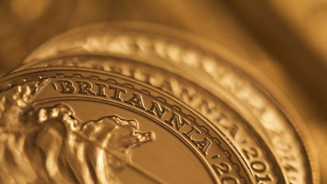 Japan's Biggest Gold Retailer Says Negative Rates Boost Demand