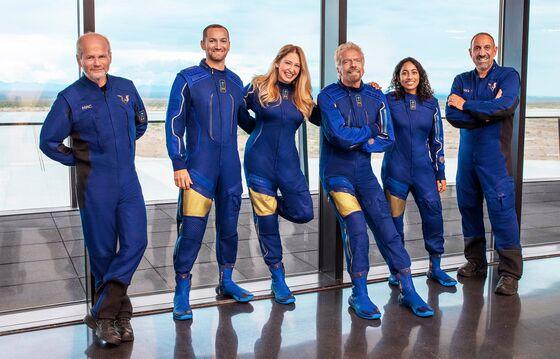 Branson Blasts Off: Mach 3 to Zero G in a Natty Blue Spacesuit