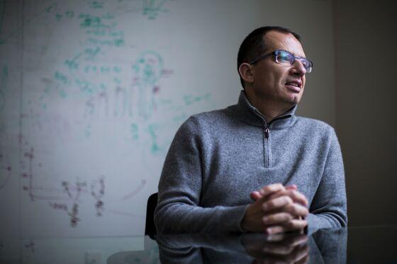 Astra Data, NovaVax Delay Spur Moderna Vaccine Demand: CEO