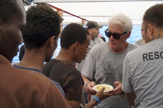 Italy's Salvini Tells Richard Gere to Take Stranded Migrants to Hollywood on his Jet