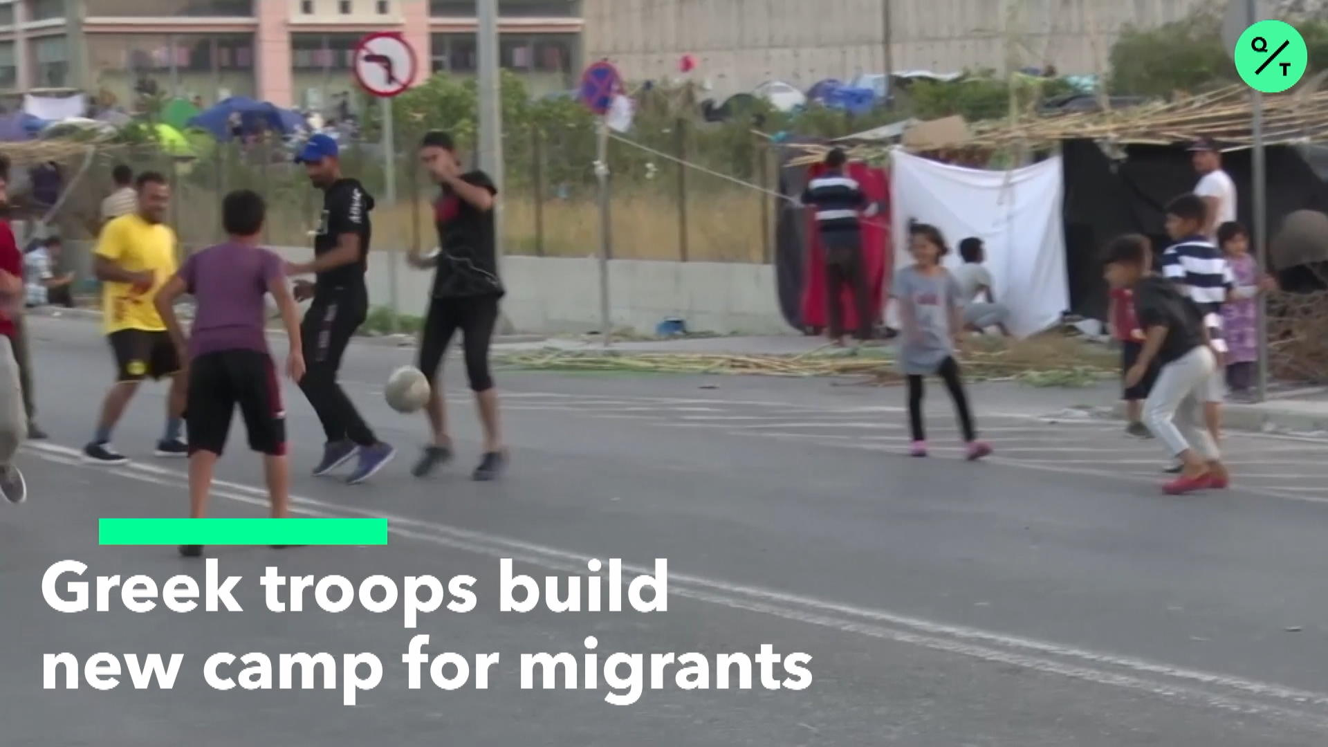 Greek Troops Build new Camp for Migrants