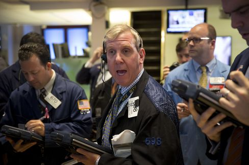 Stocks, Treasuries Drop; Gold Set for Worst Quarter on Record