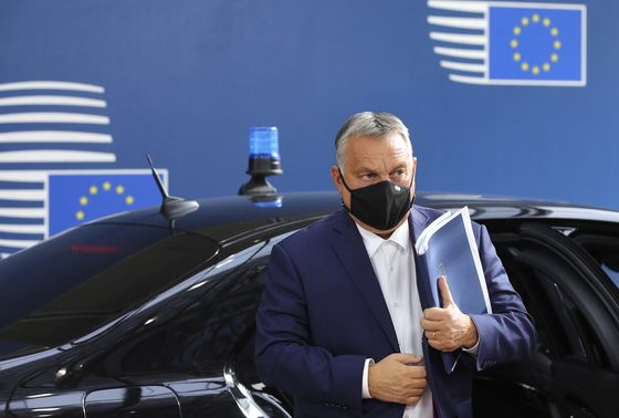 France Says Dust-Up With Poland and Hungary Puts EU at Risk