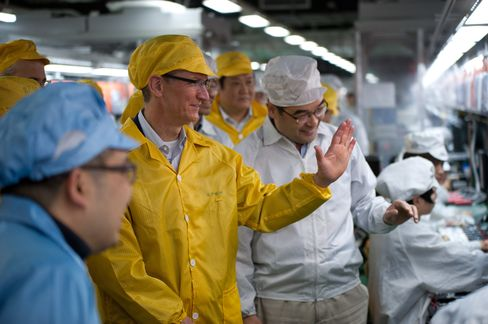 Apple Says Cook Visited New Foxconn Plant in Zhengzhou
