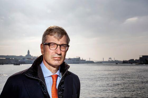 Deutsche Bank Plans New Hires in Nordic Region Amid Deal Rush