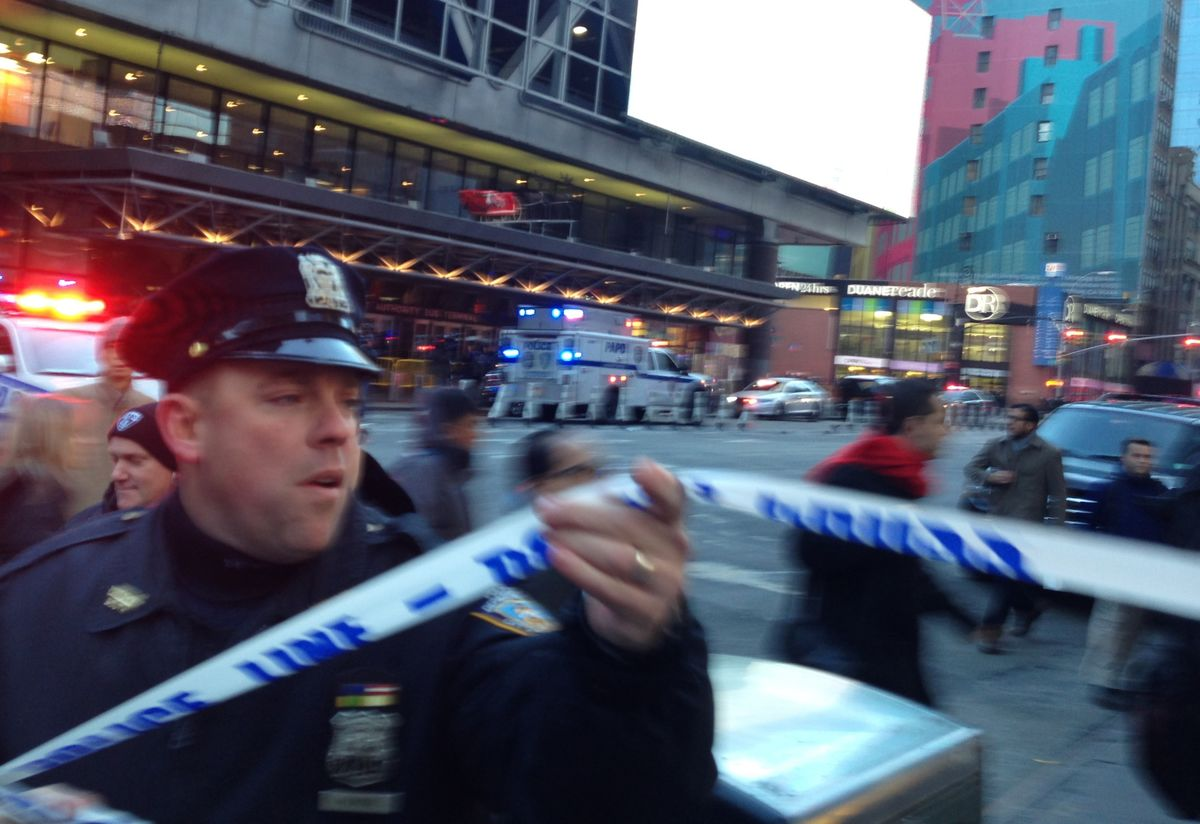 Times Square Subway Bomb Suspect Tells Police He Follows IS
