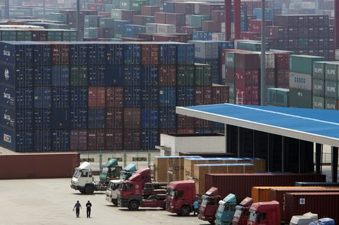 Shipping Containers in Shanghai