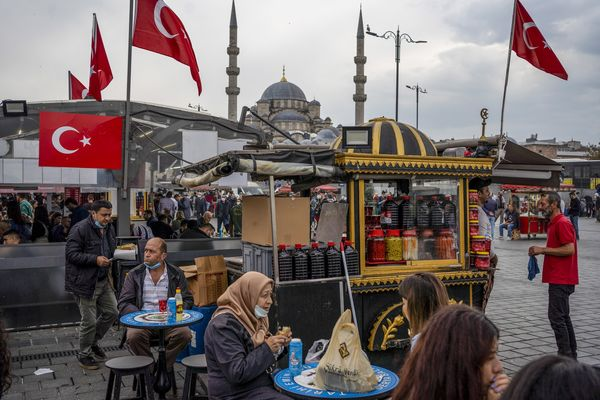 Turkish Economy as Lira Reels from Erdogan's Central Bank Cuts