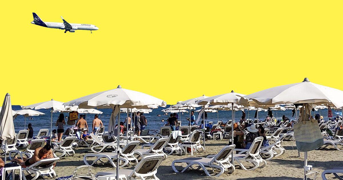 bloomberg.com - Christopher Jasper - European Airlines Brace for Turbulence as Summer Hopes Fade