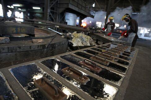 Bear Market in Tin Shuts 70% of Indonesian Capacity